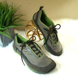 L.L. Bean | 8 sneakers women's gray green